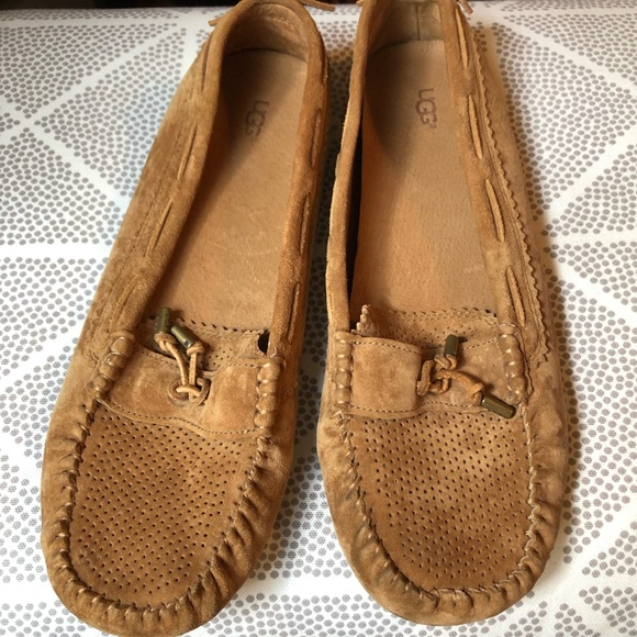 857bc82a618 UGG Tan Moccasins Loafers Women's Size 11